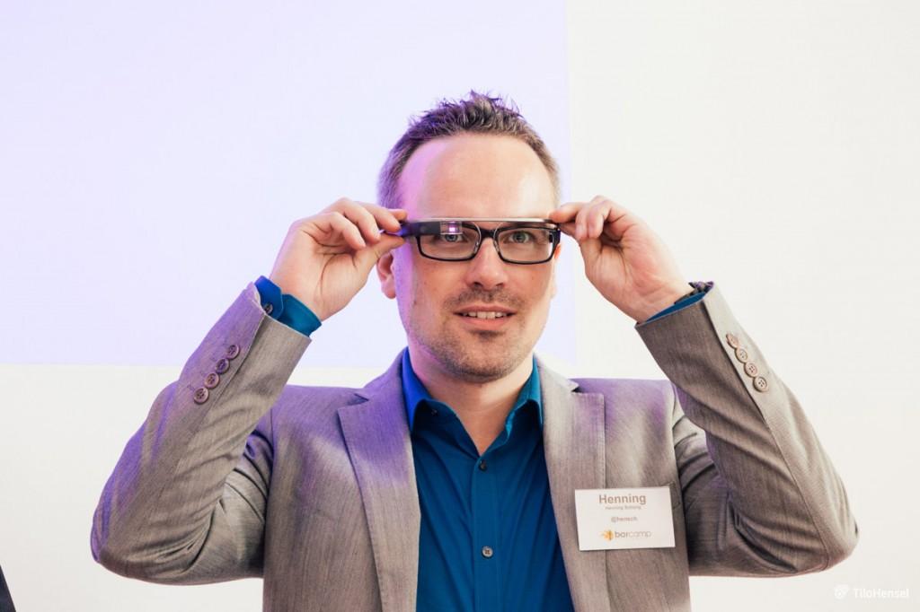 Henning Schürig mit Google Glass