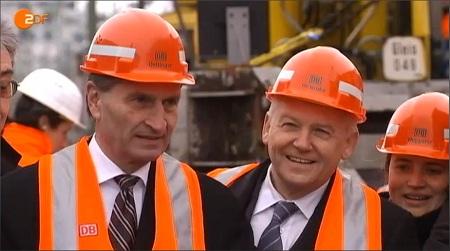 Frontal 21: Günther Oettinger und Rüdiger Grube beim symbolischen Baubeginn von Stuttgart 21 (ZDF)