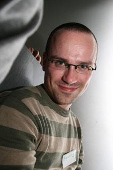 Henning mit Kurzhaarfrisur beim Webmontag in Stuttgart am 28. April 2008
