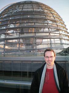 Henning Schürig vor der Reichstagskuppel